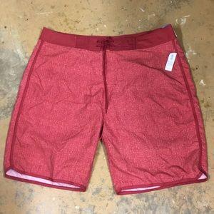 Great NWT men's Old Navy board shorts